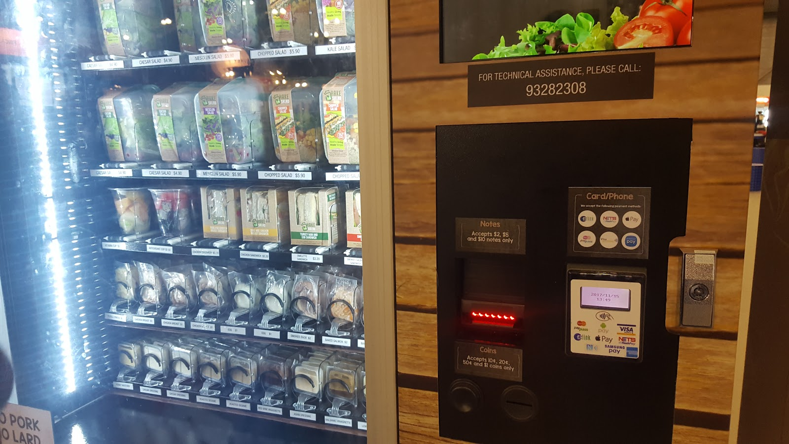 cashless payment at salad vending machine. Photo credit: Lucia Ziyuan